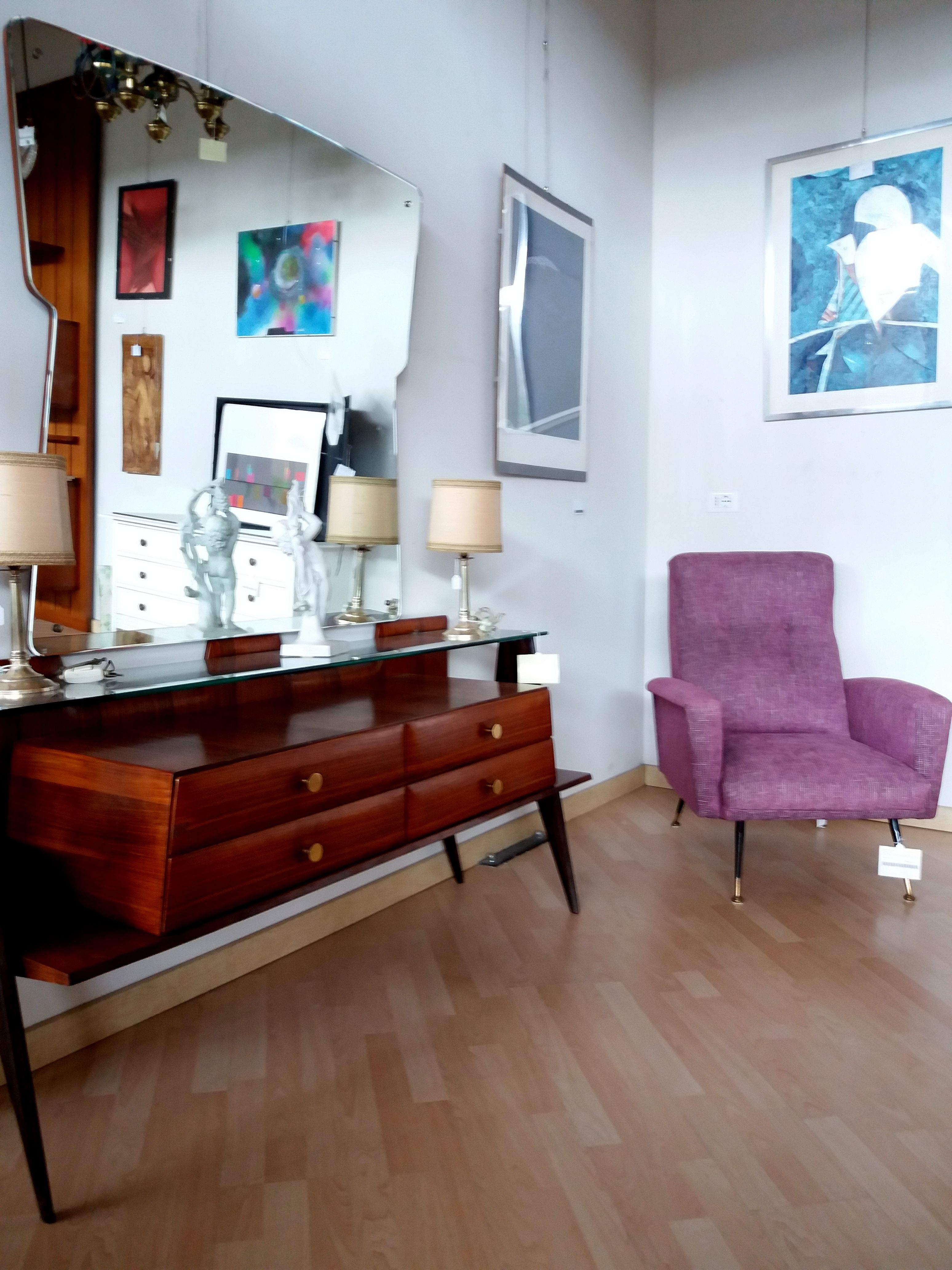 ispirazione interior design con arredamento vintage di