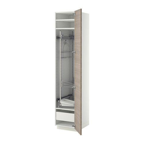 METOD/FÖRVARA Hochschrank mit Putzschrankeinr. - weiß, Brokhult Nussbaumnachbildung hellgrau, 40x60x200 cm - IKEA