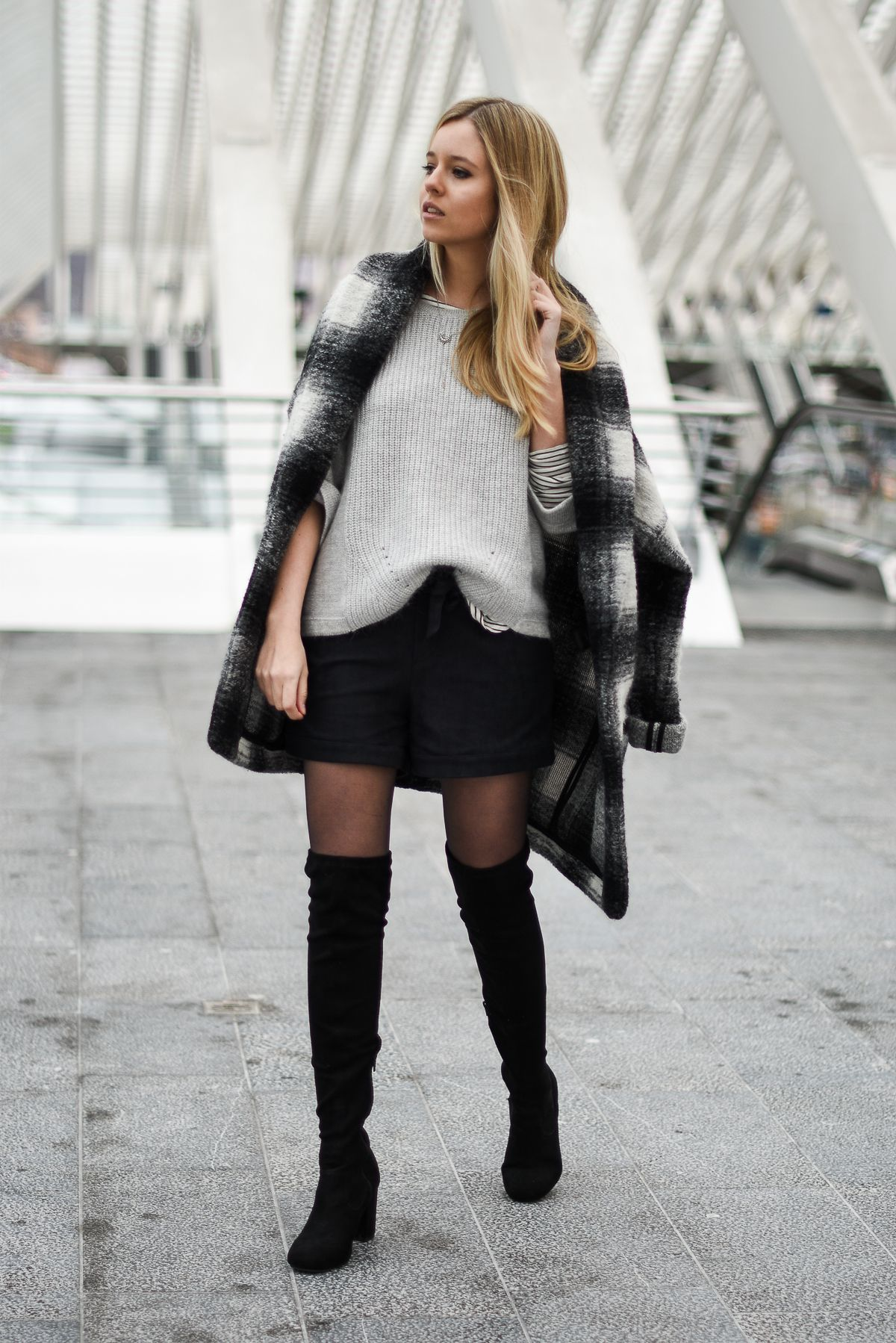 cuissardes short en daim pull large manteau oversize i need looks to be inspired. Black Bedroom Furniture Sets. Home Design Ideas