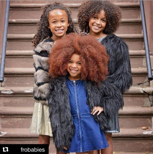 #CurlyHair envy! Such gorgeous girls! (via FroBabies) www.thepuffcuff.com
