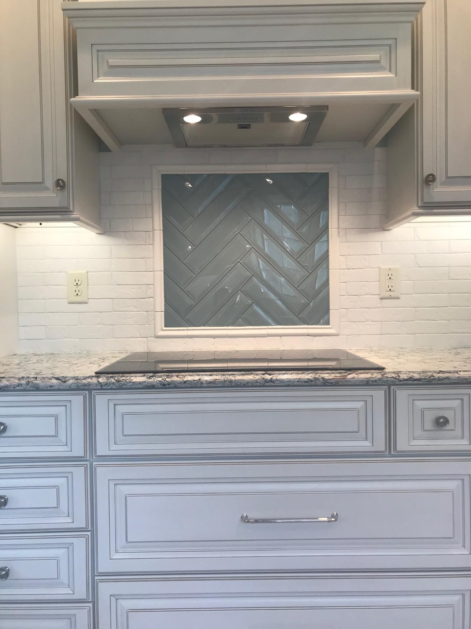 Kitchen Cabinets Bloomington Il 2020 In 2020 Kitchen Cabinets Cabinet Design Cabinet