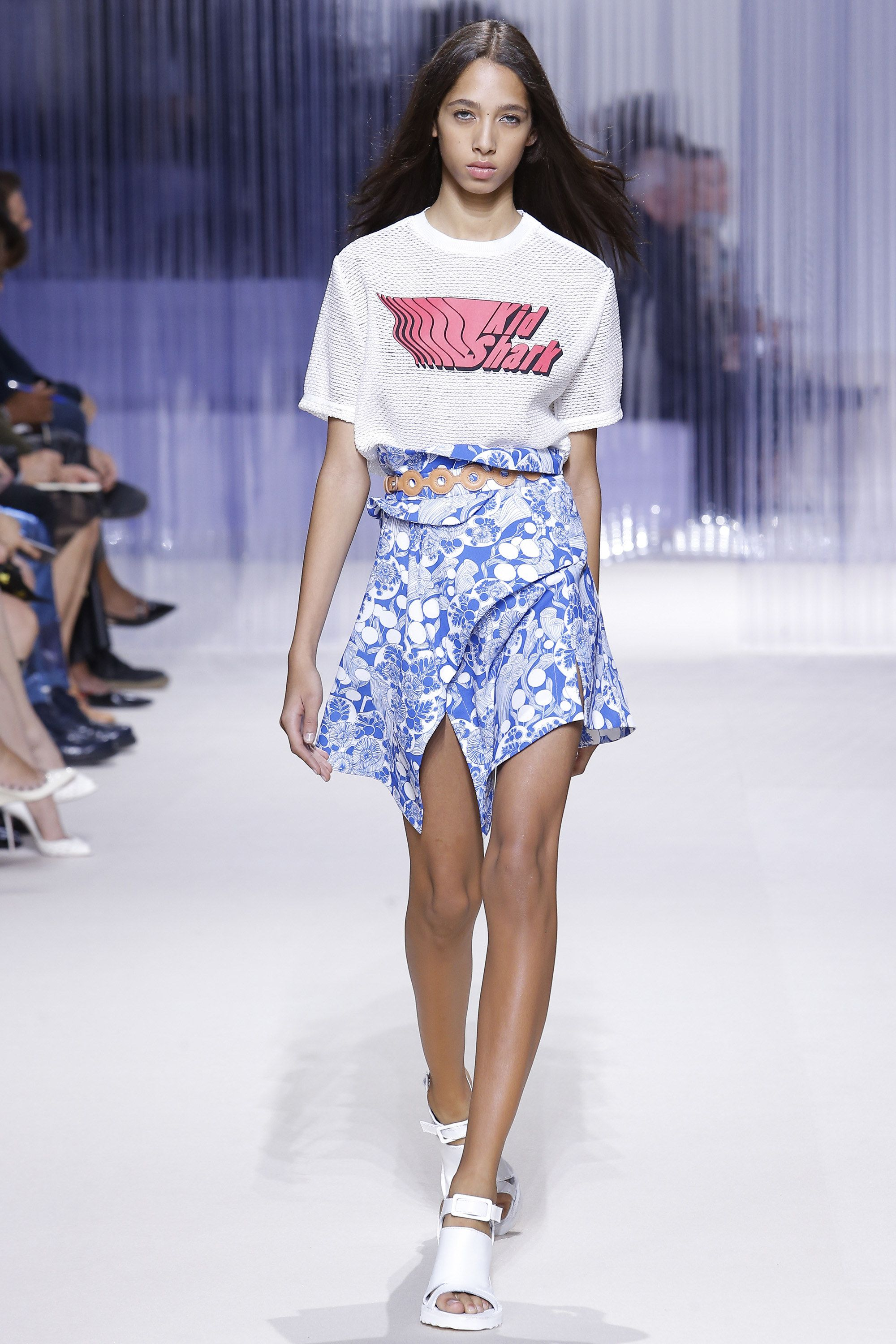Carven Spring 2016 Ready-to-Wear Collection Photos - Vogue