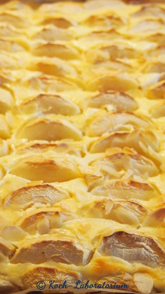Blech Apfelkuchen Mit Quark Mascarponefullung Kuchen Kuchen