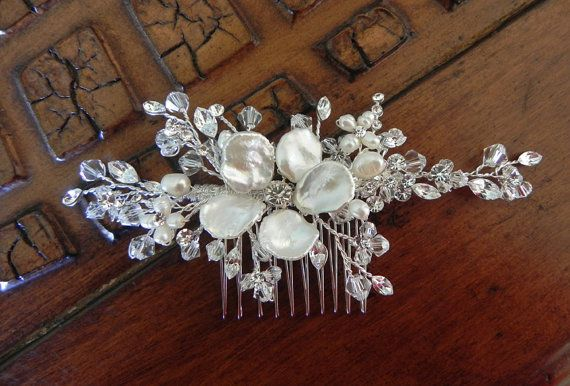 Peine del pelo de cristal con peine de flor perla por OWDJewelry