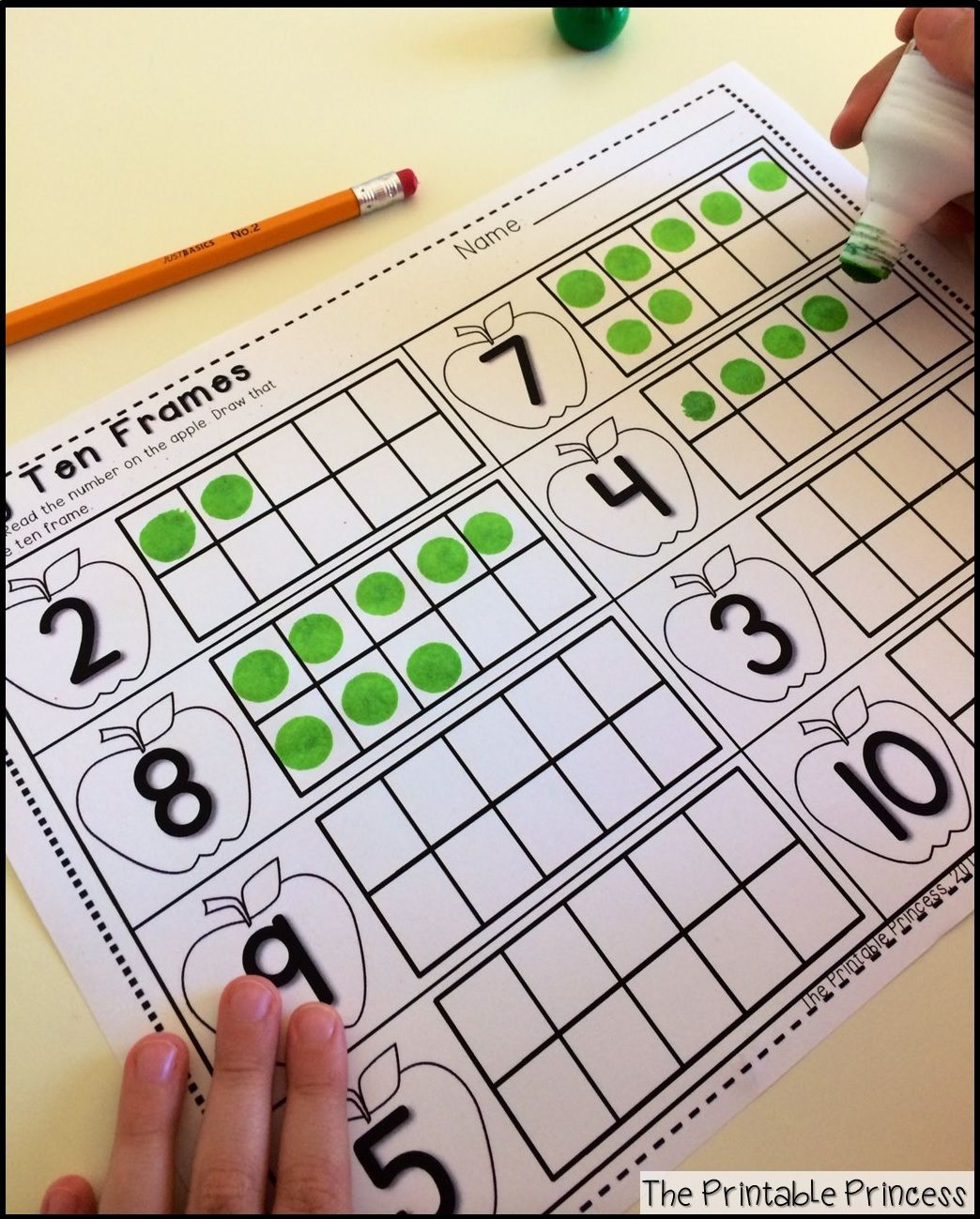 Tons Of Literacy And Math Printables Using A Fun Apple