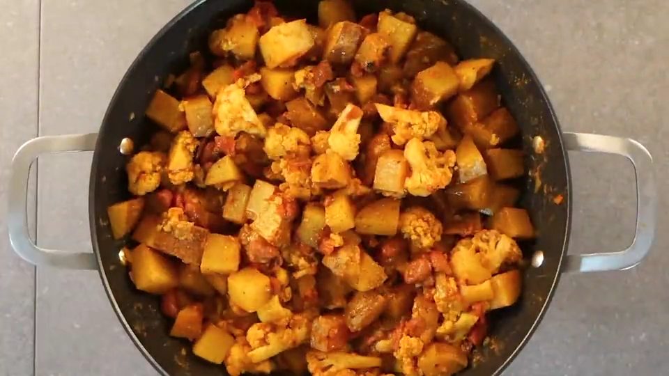 Aloo Gobi Video Breakfast Recipes Indian Curry Recipes Vegetarian Cooking Dishes