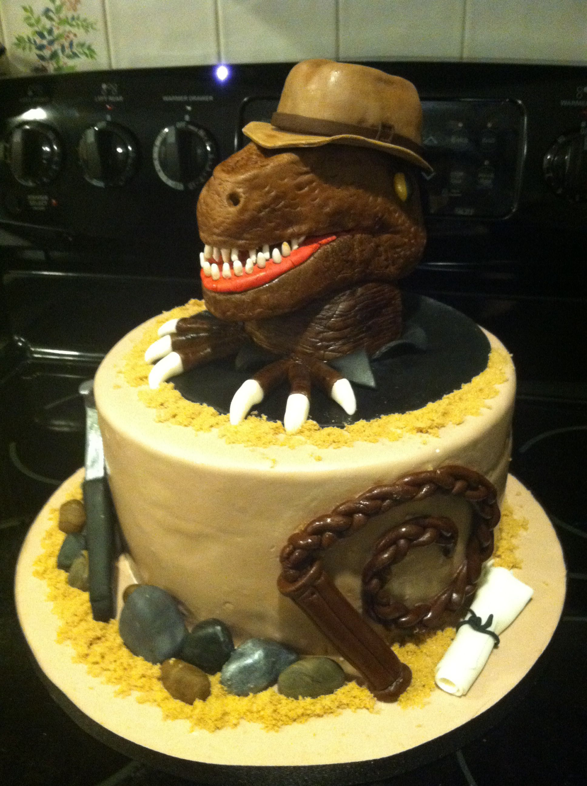 Indiana Jones meets Jurassic Park Cake... I SERIOUSLY NEED THIS