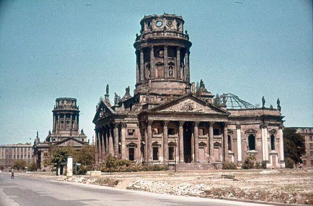 Berlin Gendarmenmarkt Ca 1960 West Berlin Berlin Travel Berlin Wall