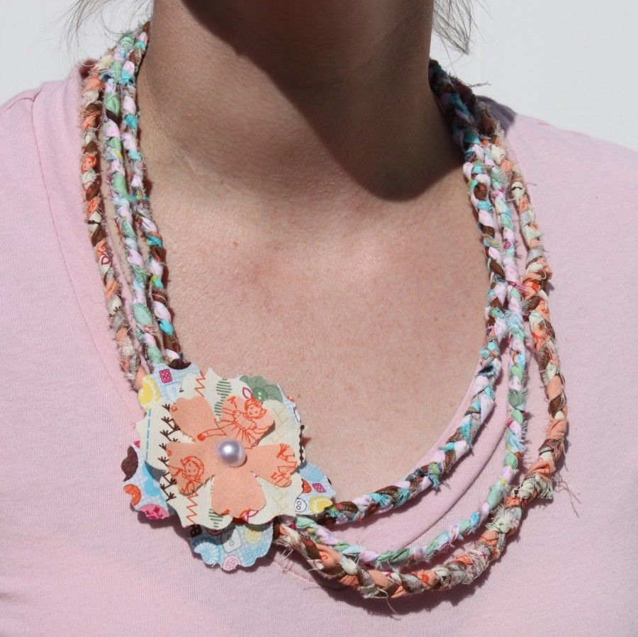 How to Make a NoSew Braided Fabric Necklace Tutorial