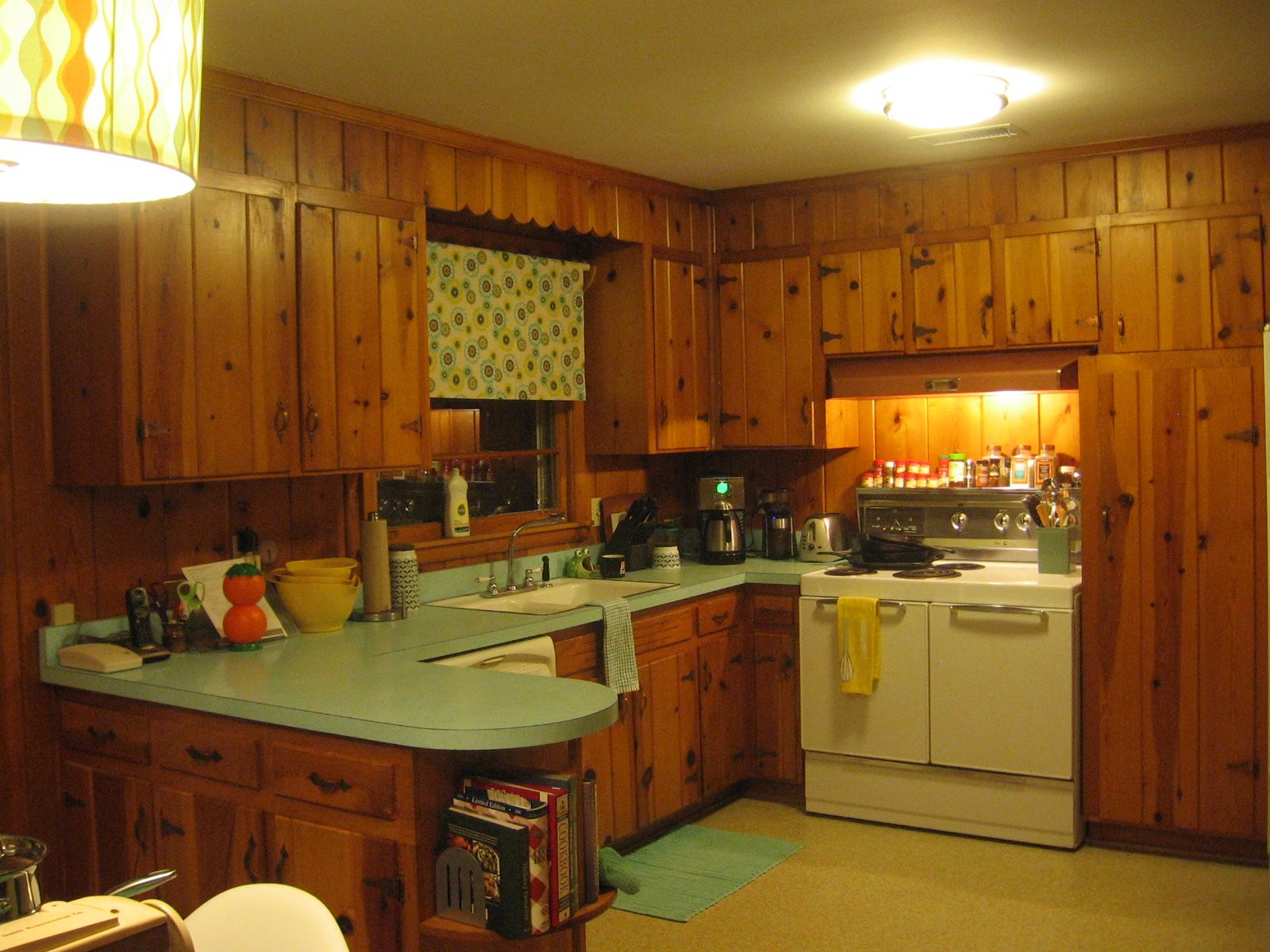 Knotty Pine Love Upload Photos Of Your Knotty Pine Rooms Knotty Pine Kitchen Pine Kitchen Pine Kitchen Cabinets
