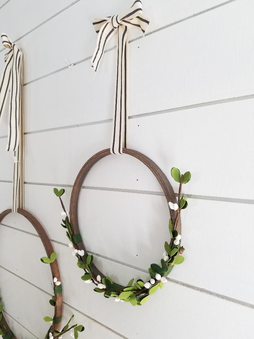 Photo of Simple Christmas Wreath DIY – The Honeycomb Home