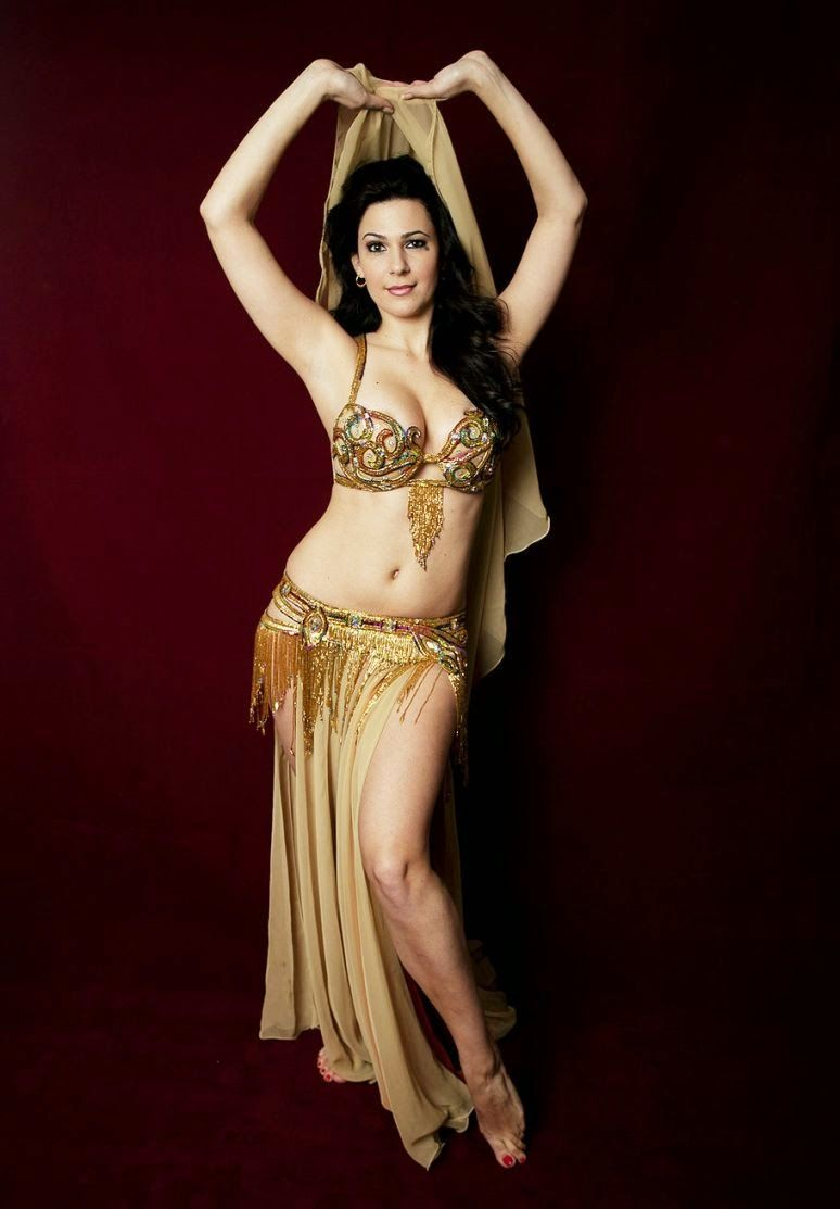 nude Belly dance dancer