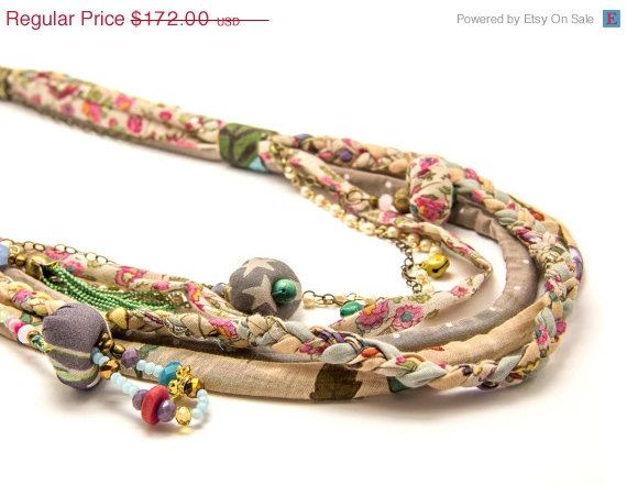 SUMMER SALE Textile layered necklace  Multi Strand di ATLIART