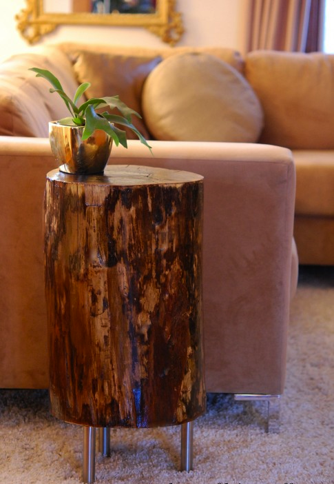Stumping Up For A Table Decor Stump Table Diy Decor