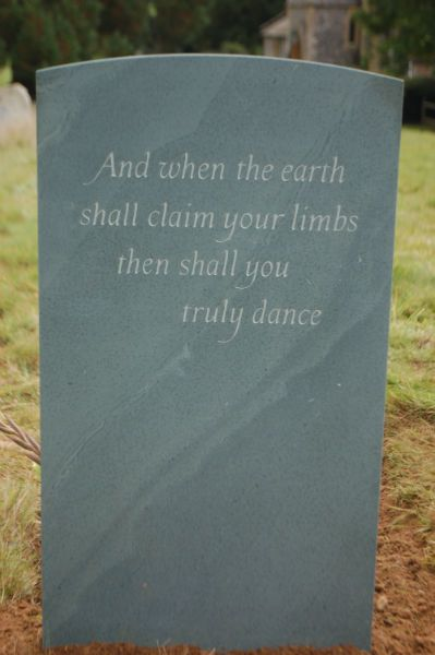 Gravestone Epitaphs from Poetry  some beautiful examples