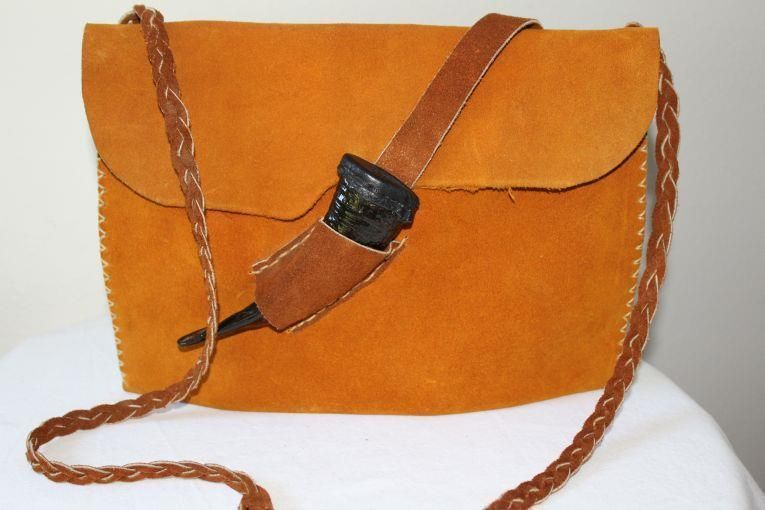 be26d72338 AWL MADE HERE Tracey Keating ~ Leather   Goat Horn Handcrafted Crossbody  HANDBAG
