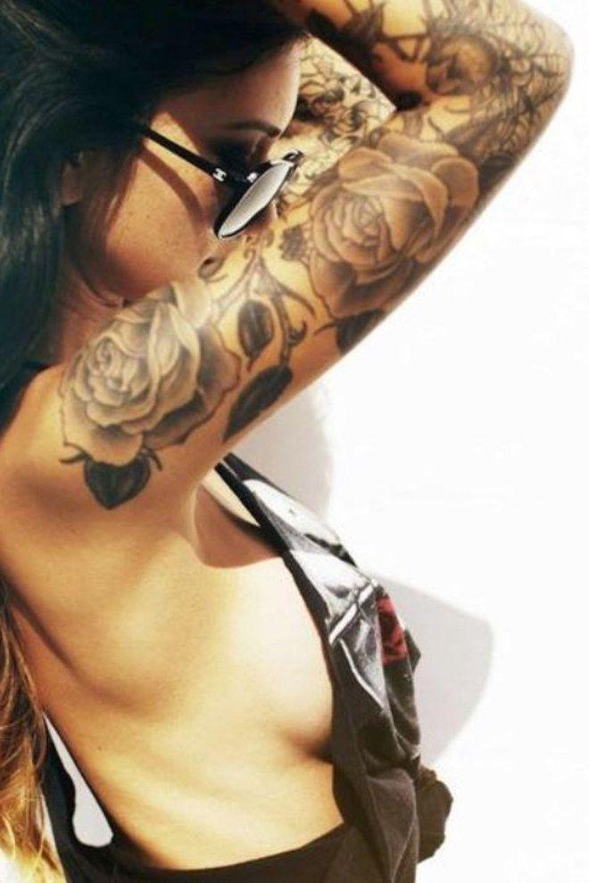 tatouage acceptes tu cette rose tattoo girls. Black Bedroom Furniture Sets. Home Design Ideas