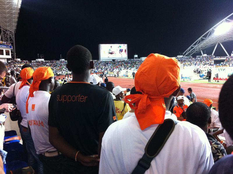 coulisses du #Football avec #Orange #Orangehttp://www.le12emehomme.com/