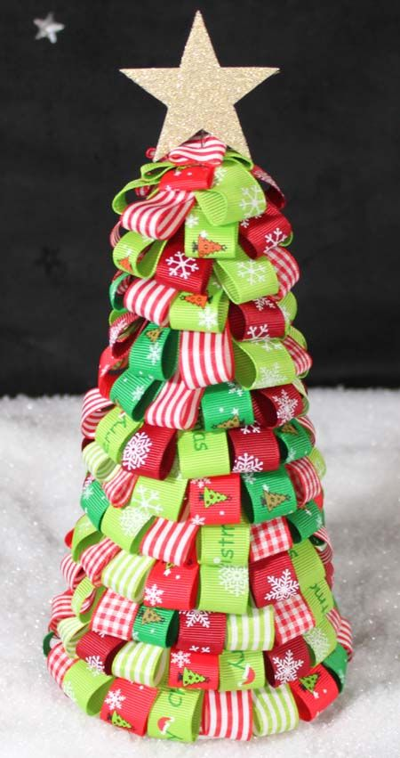 Crafty Ribbons Ribbon Challenges 2010 Ribbon On Christmas Tree Christmas Tree Crafts Christmas Ribbon Crafts