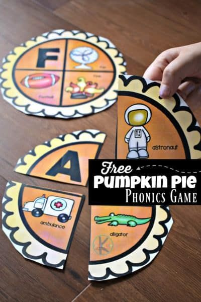 FREE Pumpkin Pie Phonics Games is part of Kindergarten games, Thanksgiving kindergarten, Alphabet activities, Kindergarten fun, Phonics games, Thanksgiving preschool - Do your little ones like pumpkin pie  One of my girls absolutely loves them and begs to have it yearround  If you're working on phonics with your early