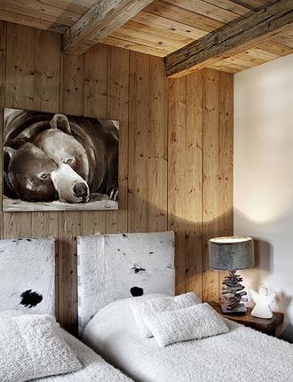 Chalet Mountain Bedroom Home Decor Cassandre Cassandre