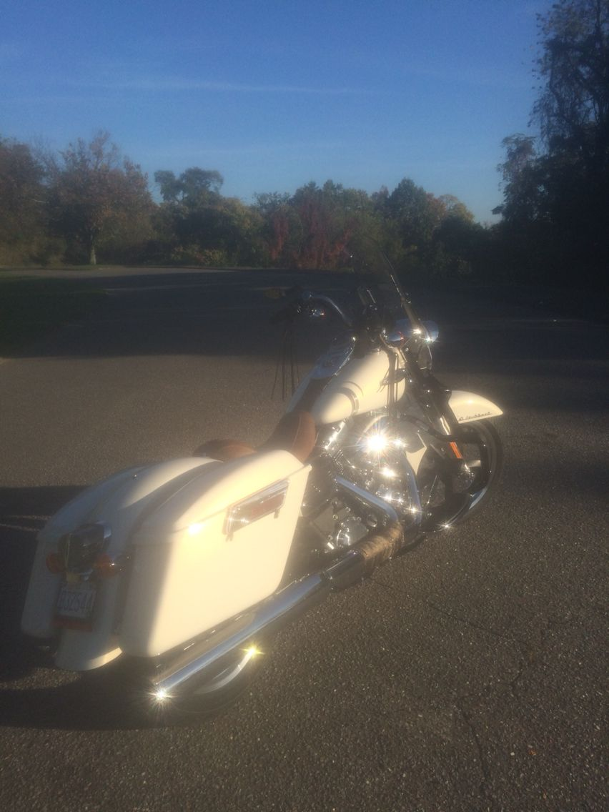Switchback with mustang seat   Harley Dyna Switchback