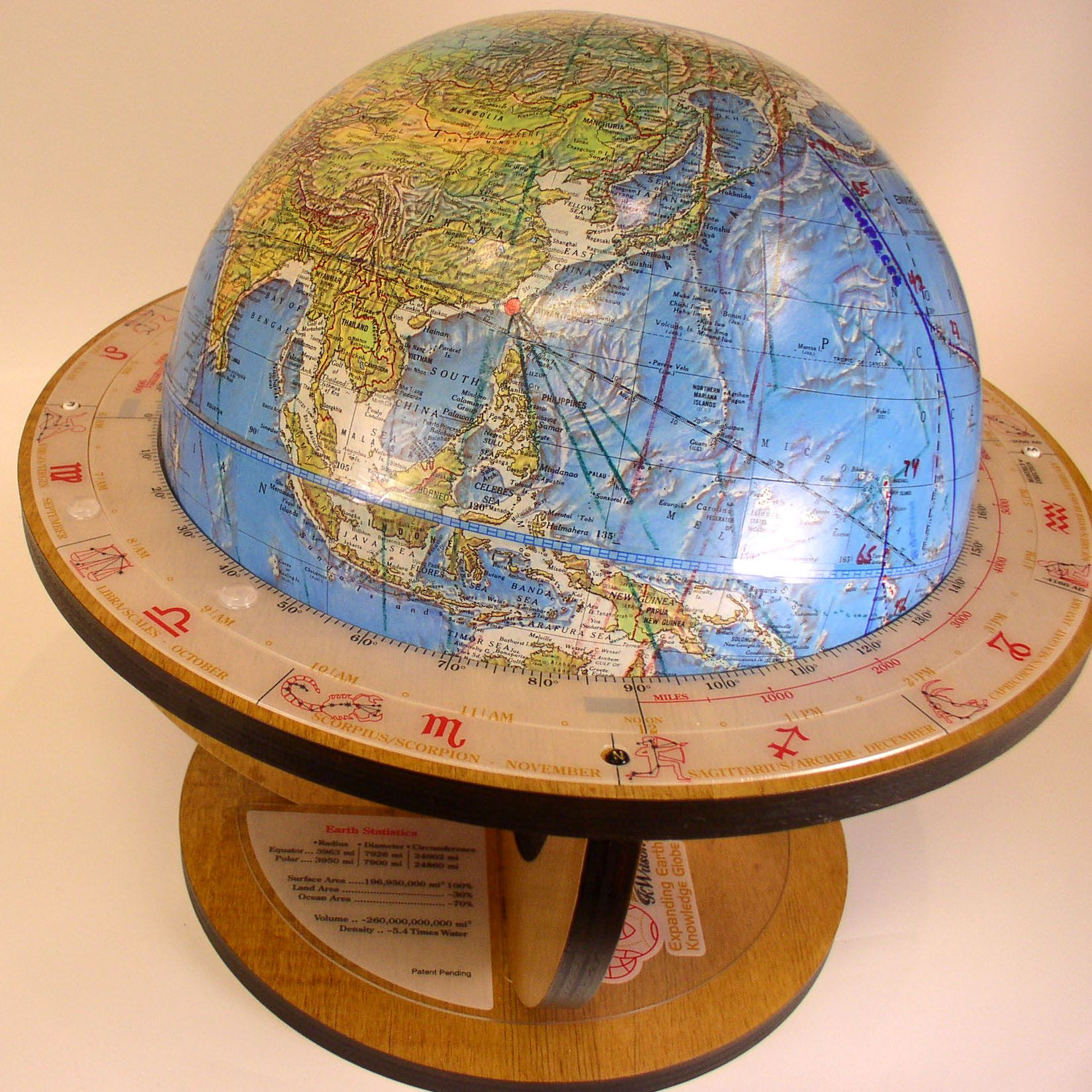 Pin by Kathy Oman on Globes and maps and books and Globes some