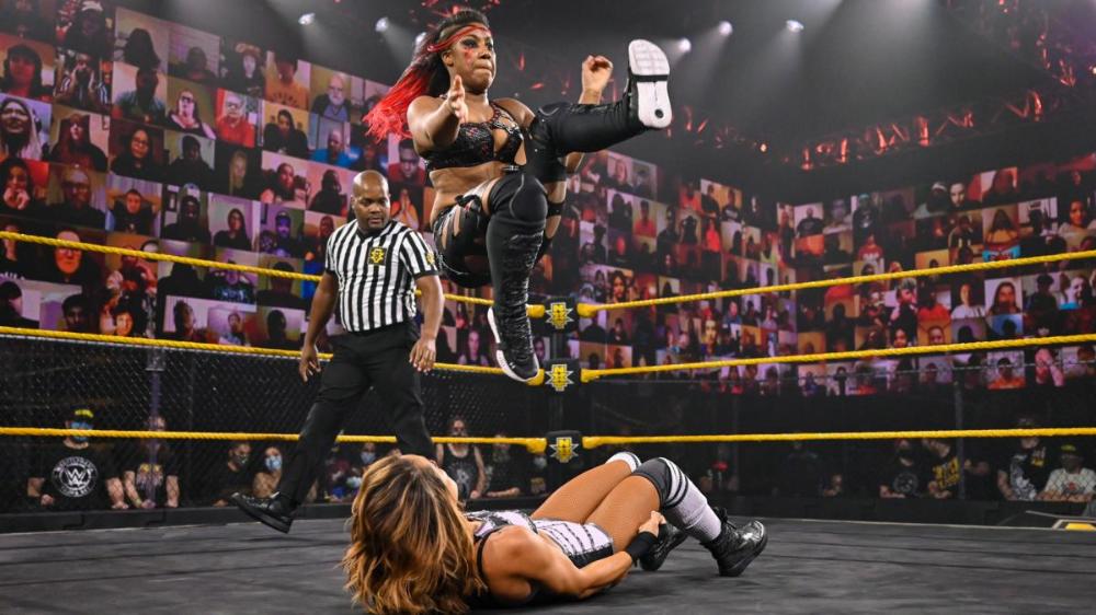 Ember Moon Black Wrestlers Girl Crushes Sports Bra