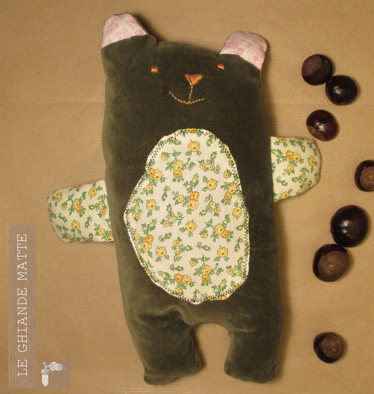 Le ghiande matte, orsetto handmade tenero in velluto e tessuto a fiori! <3  vanitas #vanitascremona #vanitasmarket www.vanitasonline.com