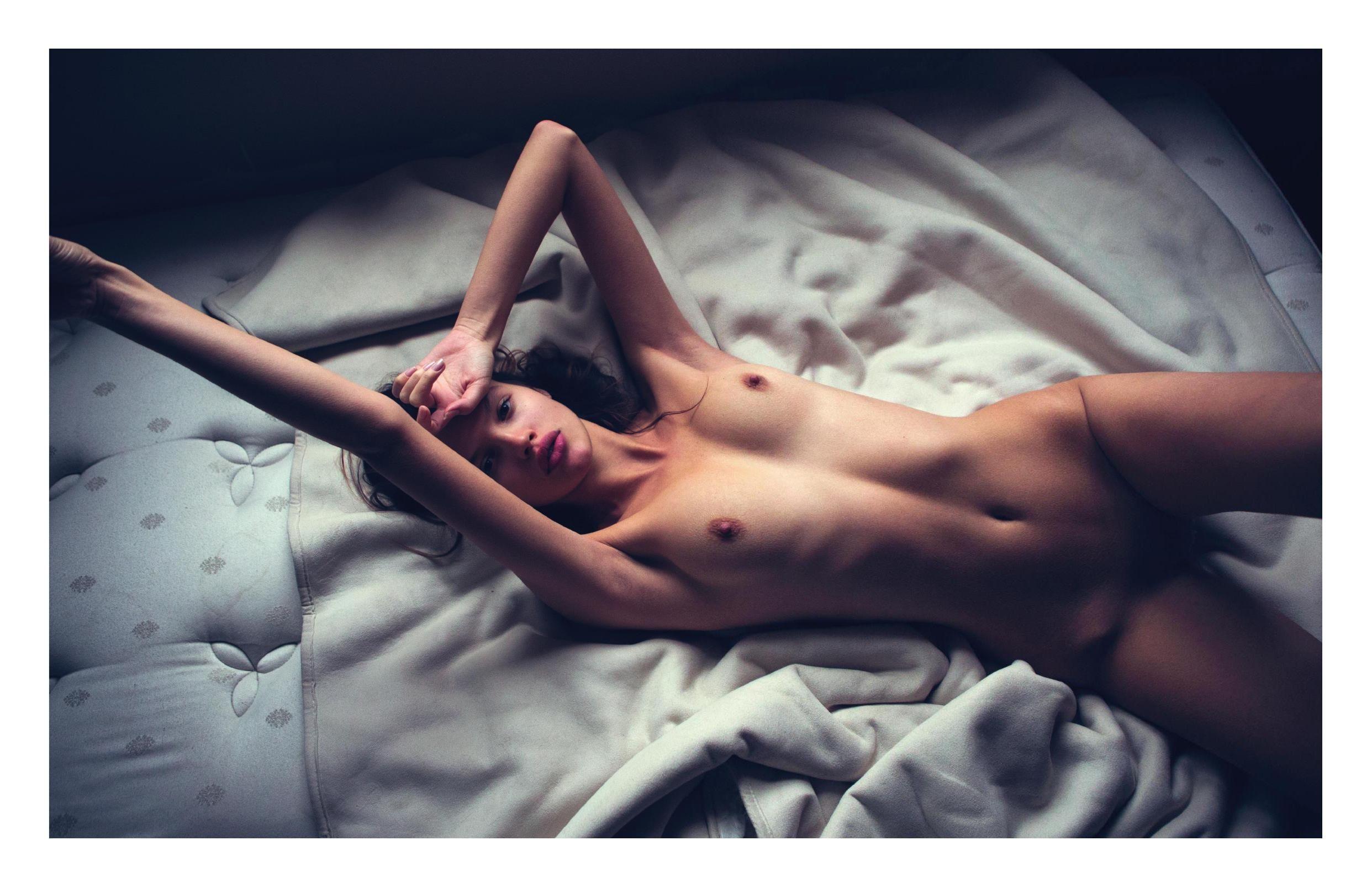 Cleavage Bianca Mihoc nude photos 2019