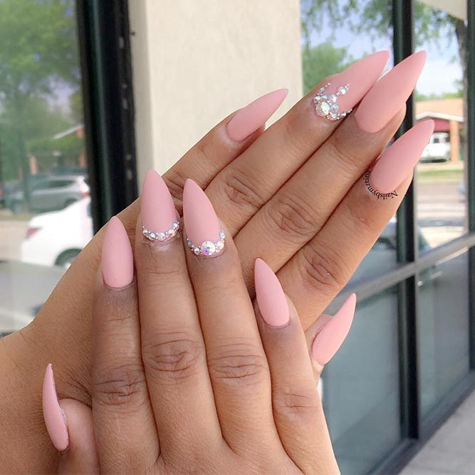 Pointy nails can look scary and dangerous if you do not know the ways to  handle them. Fear no more, we know the best designs to tame this shape! - Fantabulous Pointy Nails Designs You Would Love To Have Pointy