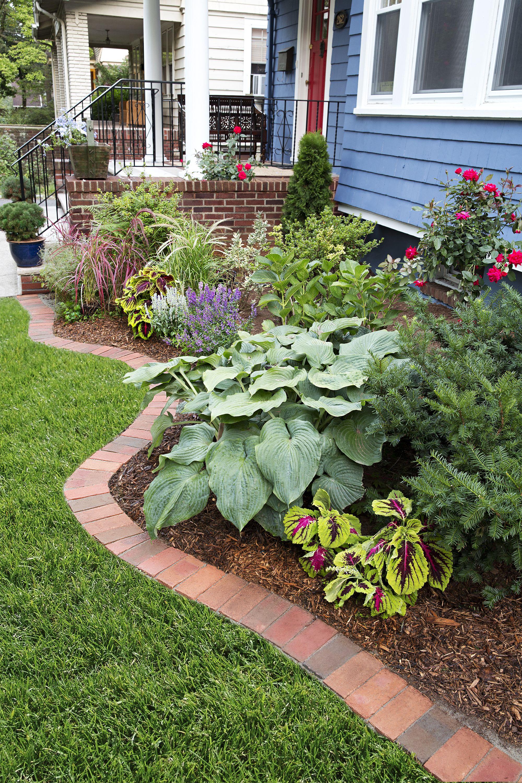 edge garden bed with brick