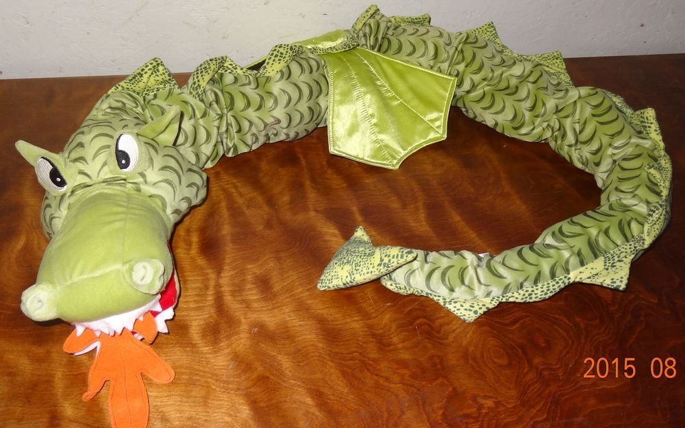 plush green dragon snake serpent minnen winged drake ikea 75 long toy stuffed ikea amazing. Black Bedroom Furniture Sets. Home Design Ideas