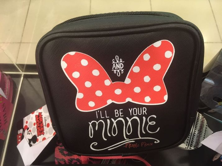 25de79de7 Riachuelo Mickey e Minnie- você vai querer TUDO   PRODUTOS DISNEY ...