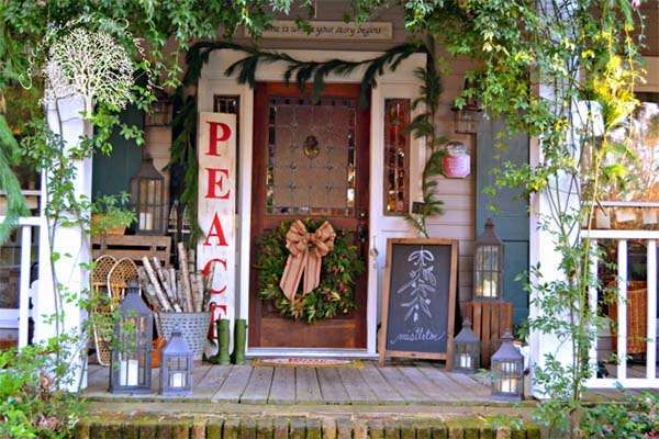 55 Amazing Front Porch Christmas Decorations Youll Love To Recreate