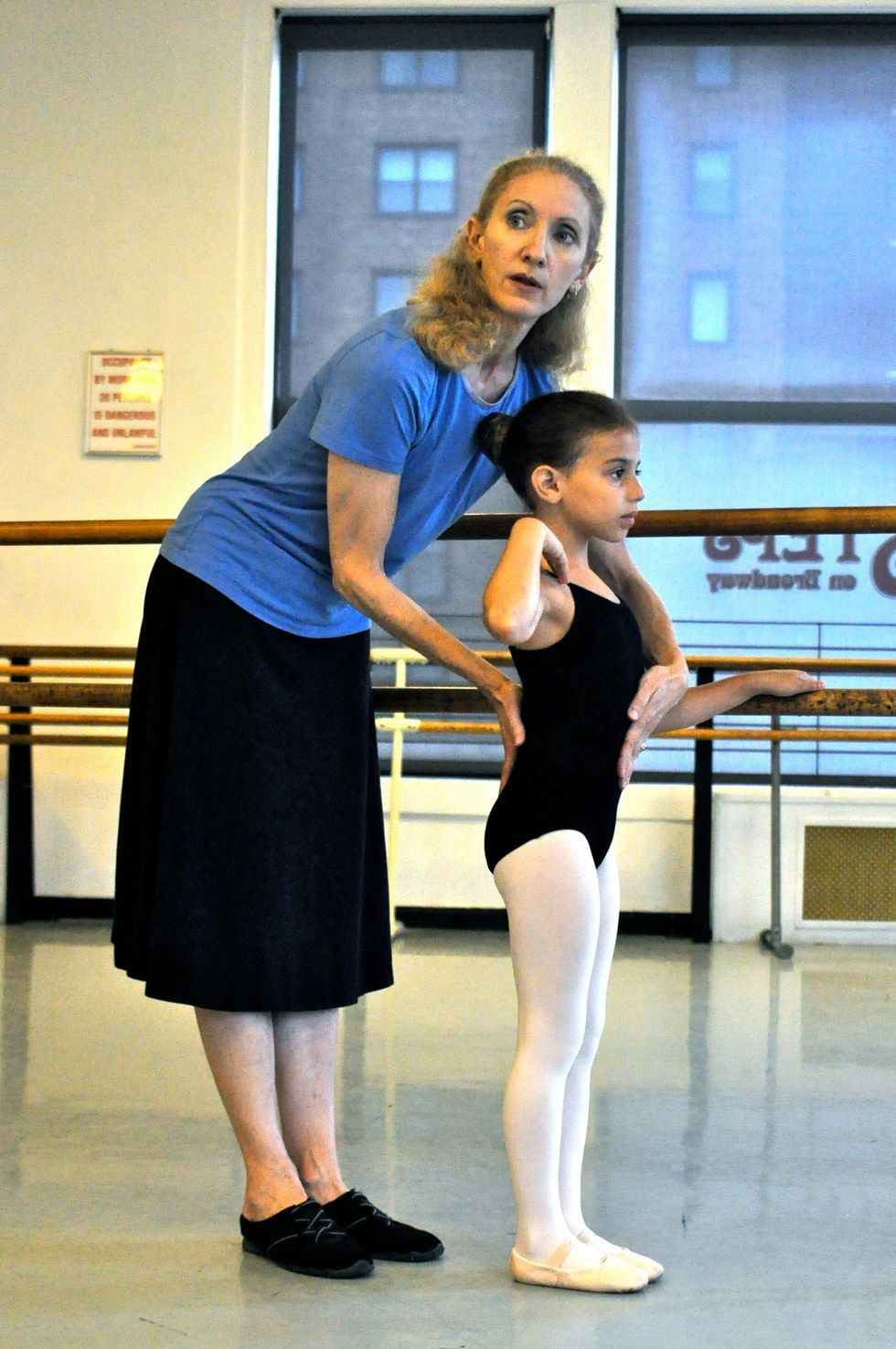 3 tips to help young dancers understand healthy spinal
