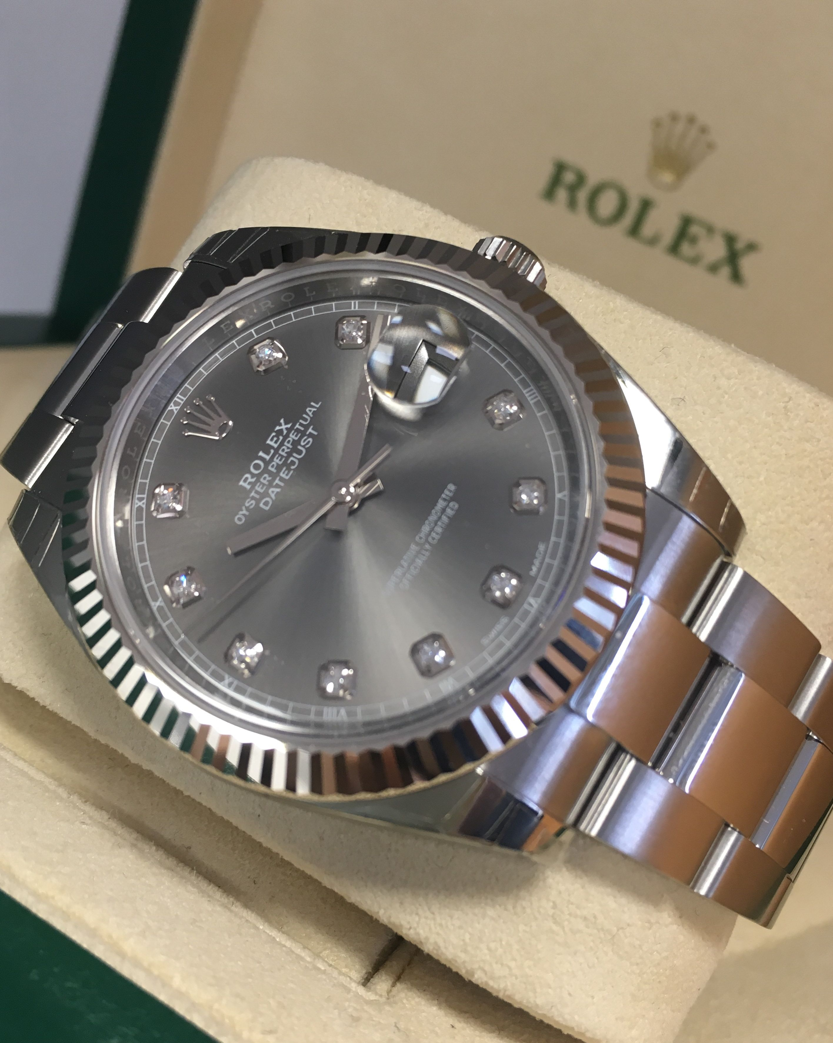 b9b7c7997665 Rolex Datejust 41 Rhodium Diamond Dial 126334