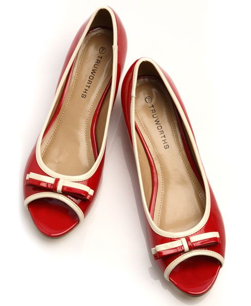 e43035a41c88 Add a touch of red to your spring wardrobe