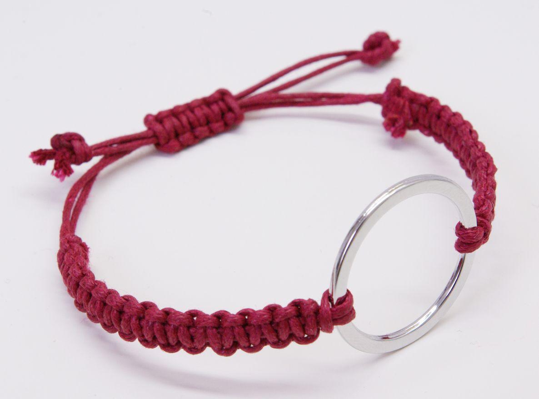 Lederarmband flechten rund  Tutorial Makrame Armband mit Metallring | Macrame | Pinterest ...