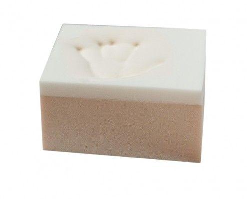 Materasso In Poliuretano Espanso.Il Modello Di Materasso Nuvola Plus E Composto Da