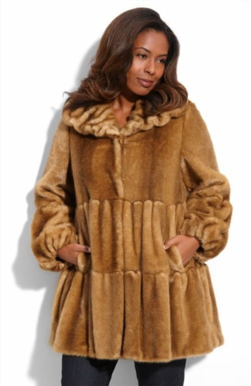 f1fd873f43a One of the fastest growing winter clothing segment is the winter wear for  plus size women that has seen a tremendous upswing in the last few decades.