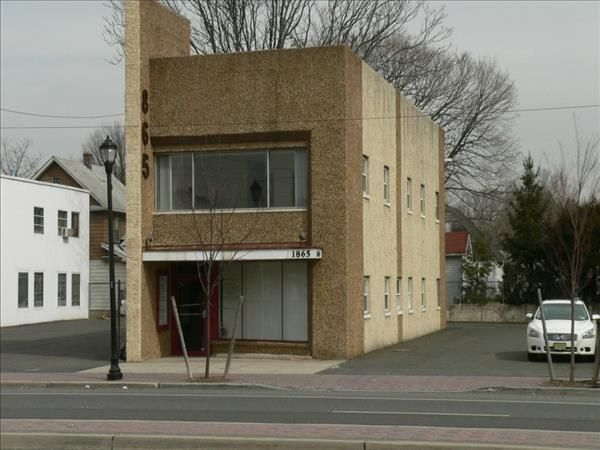 2nd Floor In Professional Building For Rent In Union Nj 07083 Second Floor Available For Rent In Prof Real Estate Commercial Property Commercial Space For Rent