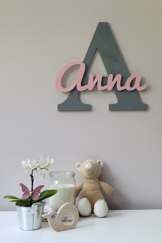 Lettres en bois, lettres de pendaison murale de nursery dans la police de script, signe de nom de bébé, décor de chambre pour enfants