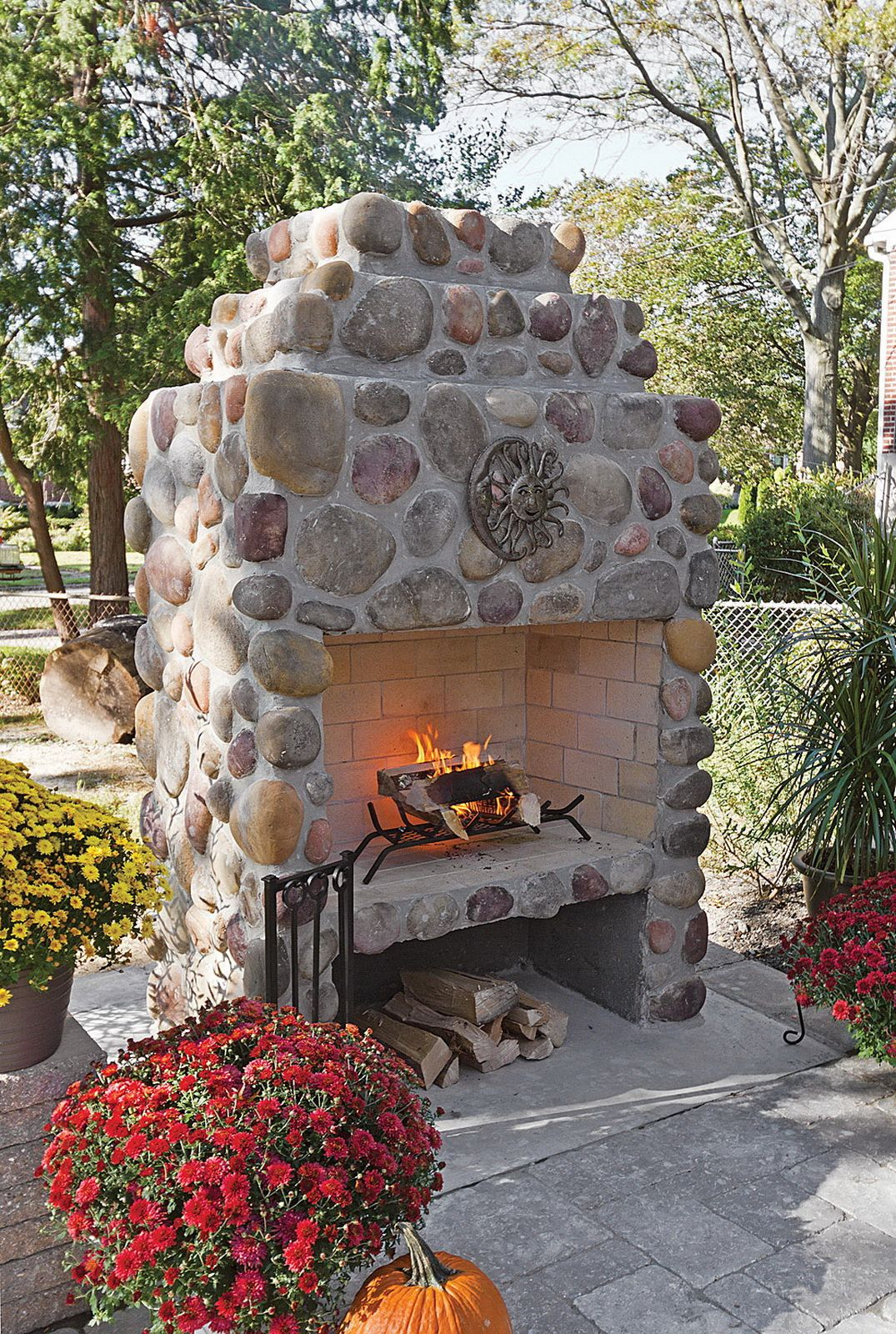 Amazing Outdoor Fireplace Designs Part 1 | Outdoor fireplace ...