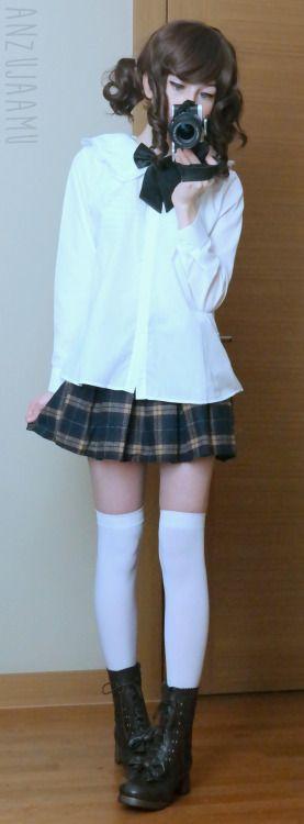 Outfit Rundown Wig: dream-holicwigland Shirt: Taobao Necktie: cosqueen Skirt: Sheinside Shoes: himifashion