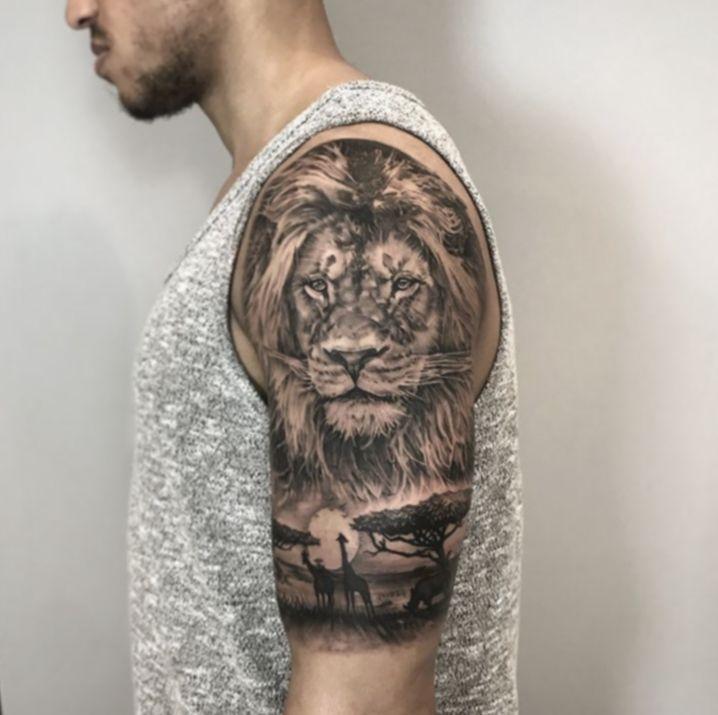 Tattoo Hand Videos Lion Blackveiltattoo Blacktattooart Tattooistartmag In 2020 Lion Head Tattoos Africa Tattoos Lion Tattoo Sleeves