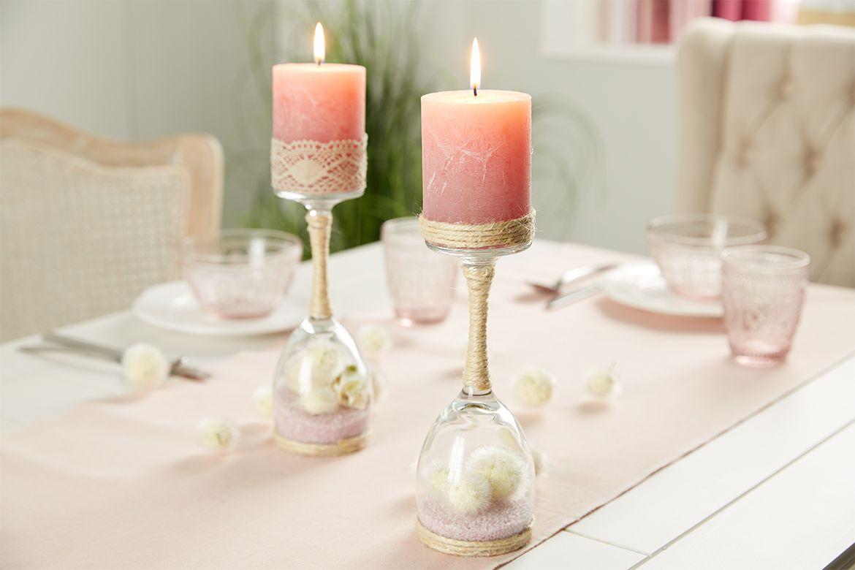 kerzenst nder aus einem weinglas einfach selber machen sehr romantisch do it yourself mit. Black Bedroom Furniture Sets. Home Design Ideas