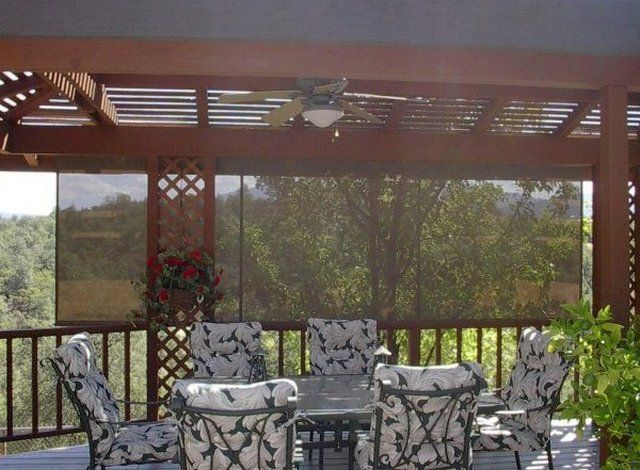 Metal Framed Pergola With Roll Up Sun Shade For Deck
