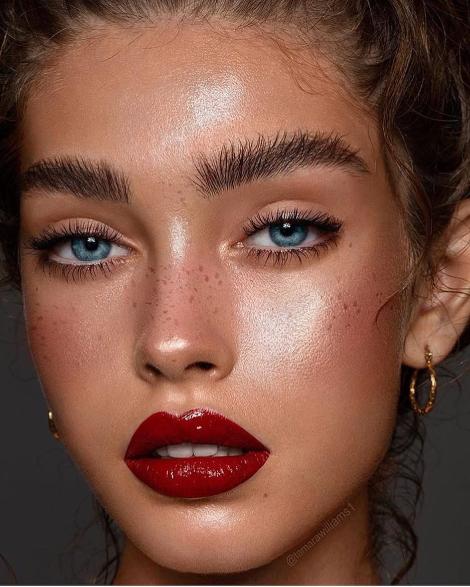 Perfect Red Lips Makeup Women S Beauty With Images Glossy