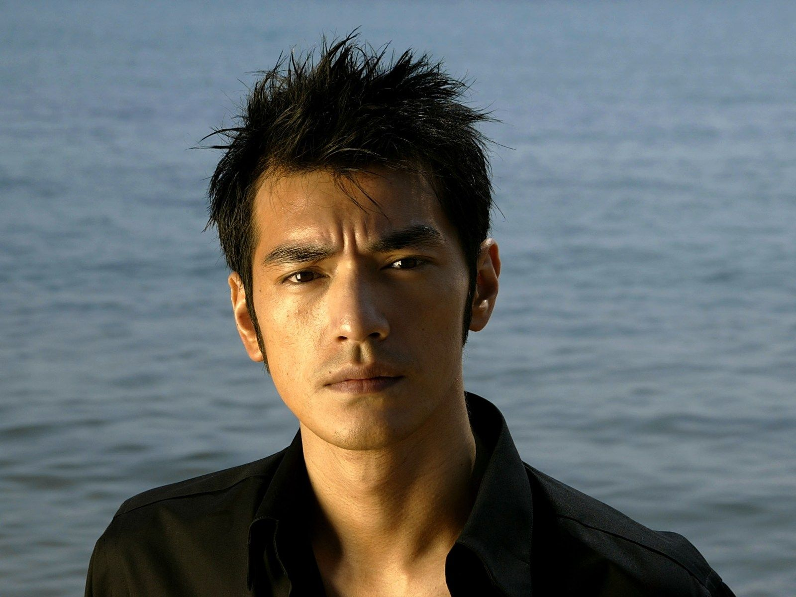 takeshi kaneshiro (japanese and chinese: 金城 武, born october 11